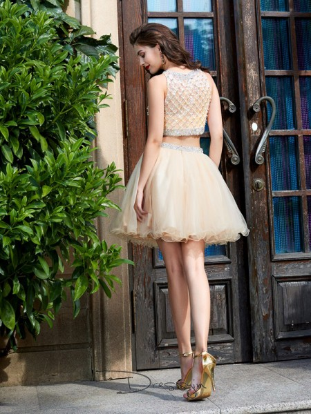 A-Line/Princess Sleeveless Net Beading Short/Mini Scoop Dresses