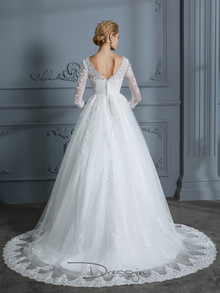 Ball Gown V-neck Tulle 3/4 Sleeves Lace Court Train Wedding Dress