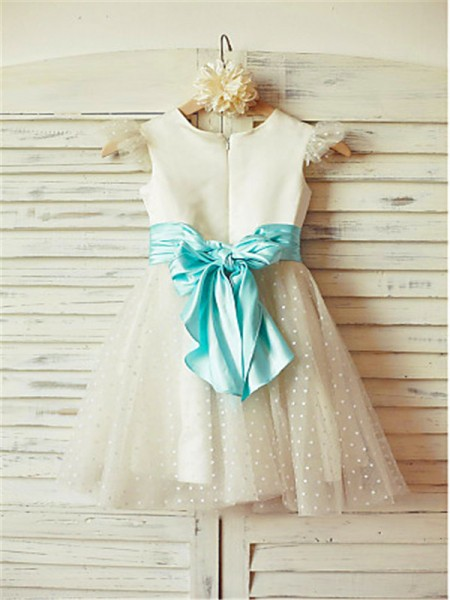 A-Line/Princess Tea-Length Layers Jewel Sleeveless Tulle Flower Girl Dress
