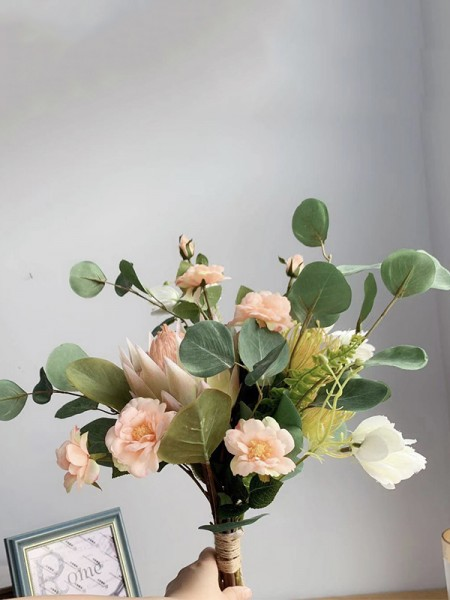 Fascinating Free-Form Silk/Cloth Flower Bridal Bouquets