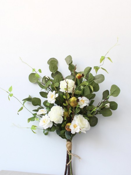Simple Free-Form Silk Flower Wedding Bouquets