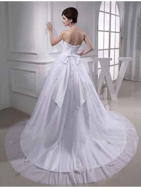 Ball Gown Beading Applique Strapless Chapel Train Sleeveless Satin Tulle Wedding Dresses