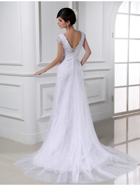 A-Line/Princess Beading Applique V-neck Court Train Sleeveless Tulle Wedding Dresses