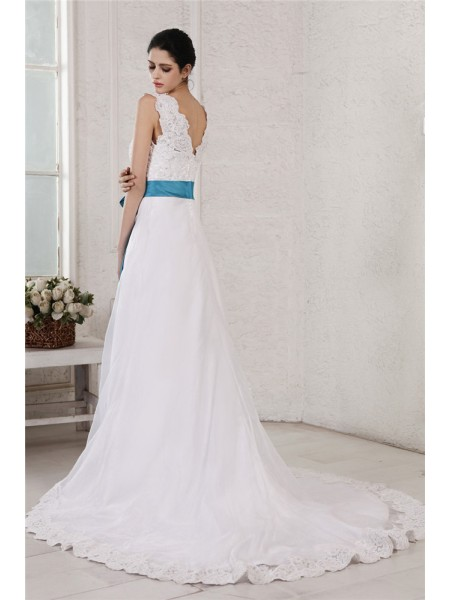A-Line/Princess Sash/Ribbon/Belt Applique V-neck Chapel Train Sleeveless Organza Satin Wedding Dresses