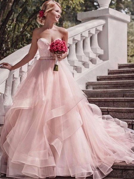 Ball Gown Court Train Layers Sweetheart Sleeveless Organza Wedding Dresses