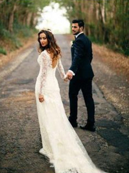 Sheath/Column Court Train Applique V-neck Long Sleeves Lace Wedding Dresses