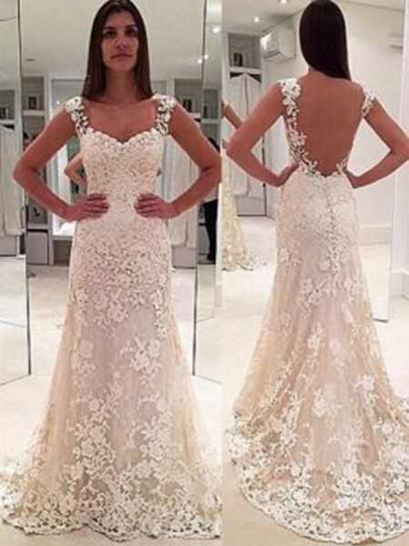 Sheath/Column Court Train Applique Sweetheart Sleeveless Lace Wedding Dresses