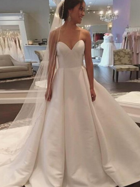 Ball Gown Court Train Sweetheart Sleeveless Satin Wedding Dresses