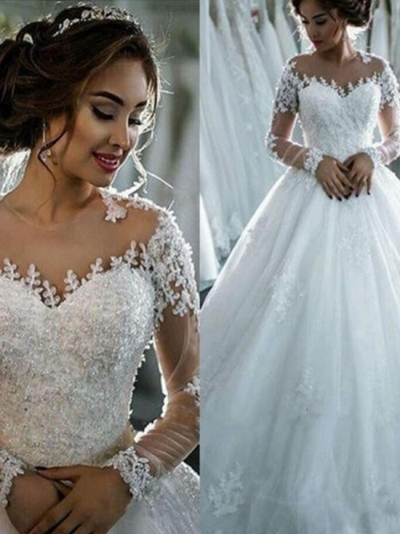 Ball Gown Court Train Beading Bateau 3/4 Sleeves Tulle Wedding Dresses