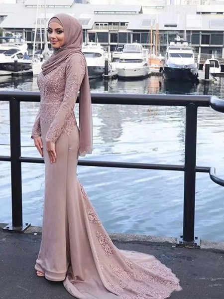 Trumpet/Mermaid Applique Sweep/Brush Train Scoop Long Sleeves Satin Muslim Dresses