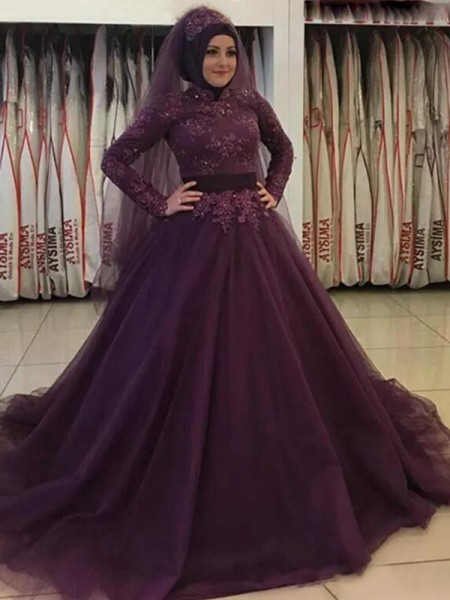 Ball Gown Applique Sweep/Brush Train High Neck Long Sleeves Tulle Muslim Dresses