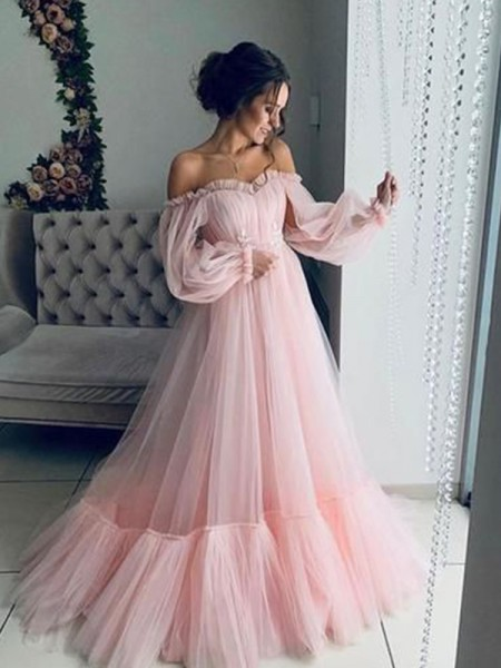 A-Line/Princess Off-the-Shoulder Long Sleeves Applique Tulle Sweep/Brush Train Dresses