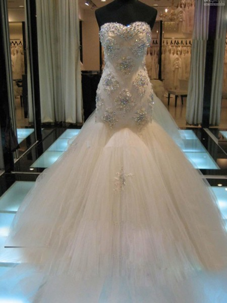 Trumpet/Mermaid Sweetheart Chapel Train Tulle Sleeveless Beading Wedding Dresses