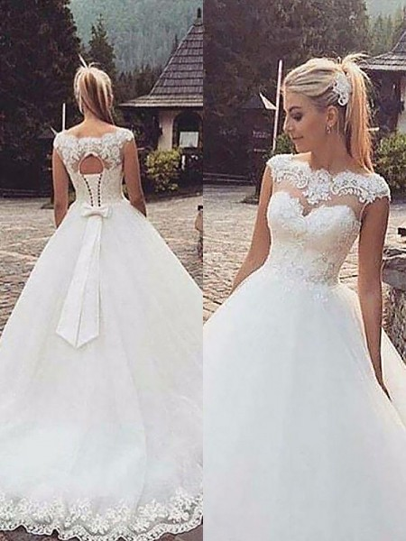 Ball Gown Tulle Bateau Sleeveless Court Train Wedding Dresses