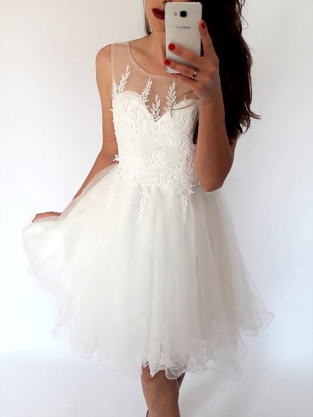 A-line/Princess Tulle Scoop Sleeveless Short/Mini Dresses