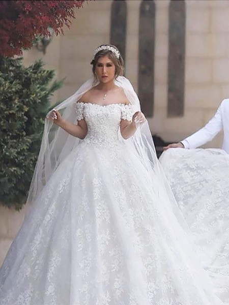 Ball Gown Tulle Off-the-Shoulder Short Sleeves Court Train Wedding Dresses