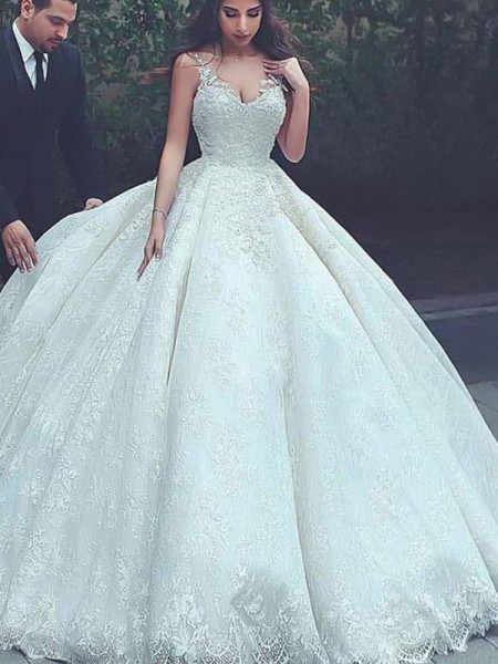 Ball Gown Spaghetti Straps Lace Sweep/Brush Train Long Sleeves Tulle Wedding Dresses