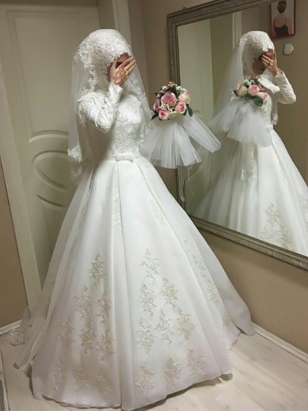Ball Gown Jewel Bowknot Floor-Length Long Sleeves Tulle Wedding Dresses